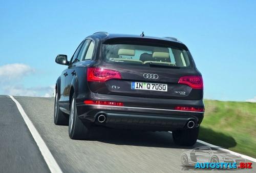 Audi Q7 2010 8